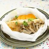 【静止画02】サーモンと野菜の紙包み蒸し_191210_2
