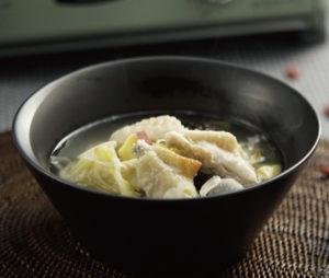 手羽中のサムゲタン風スープ