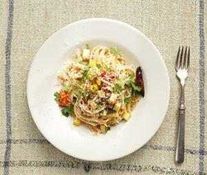 夏野菜のピリ辛トマトパスタ
